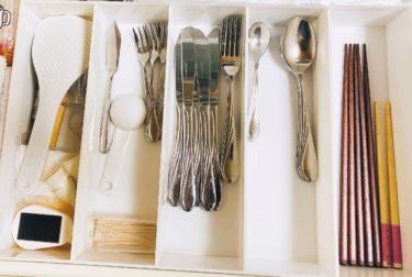 まだ使える物を断捨離して、新しく替えるのに抵抗を感じます。お箸や調理具の替え時の見極め方。