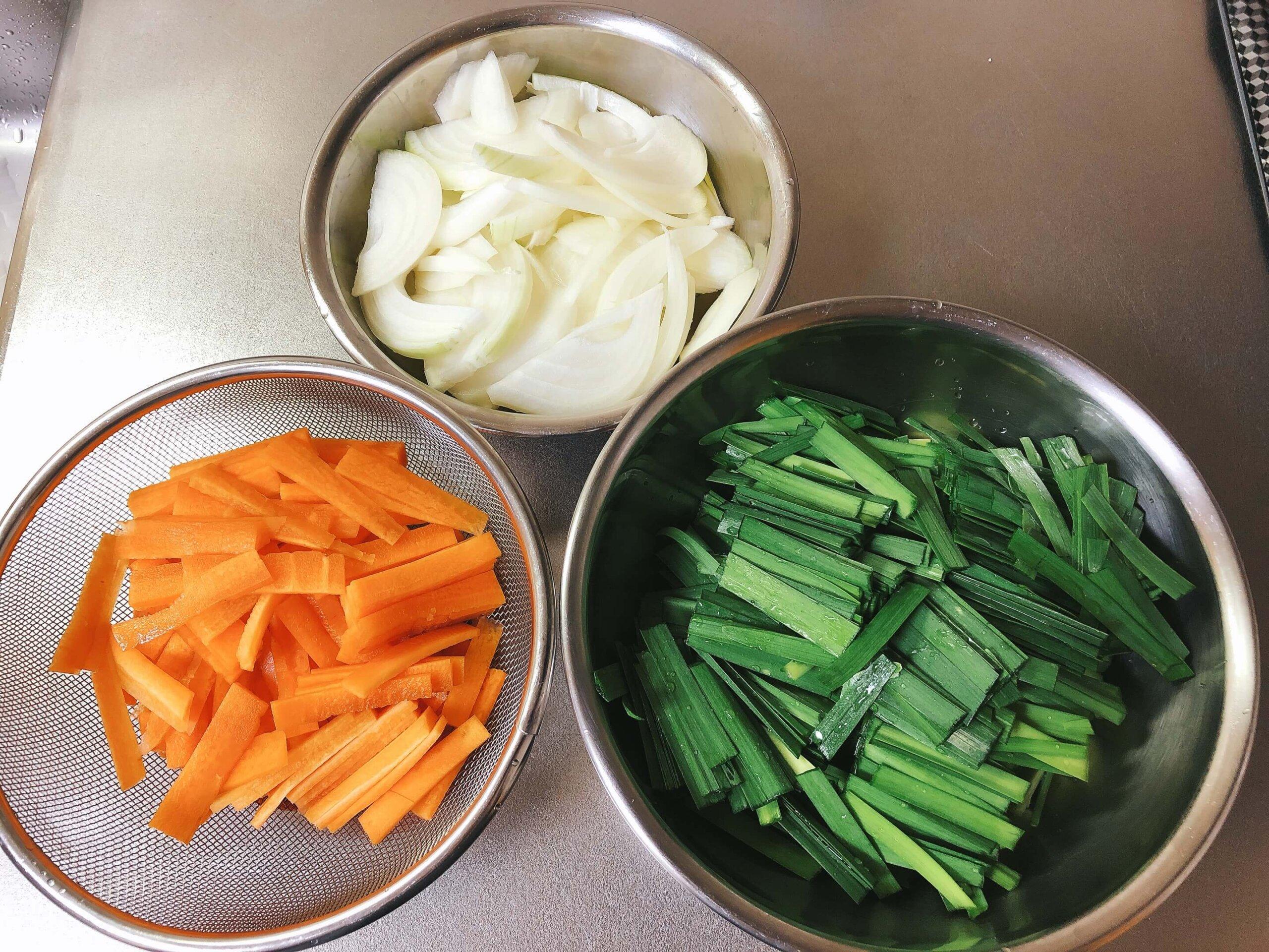 野菜チヂミ材料カット