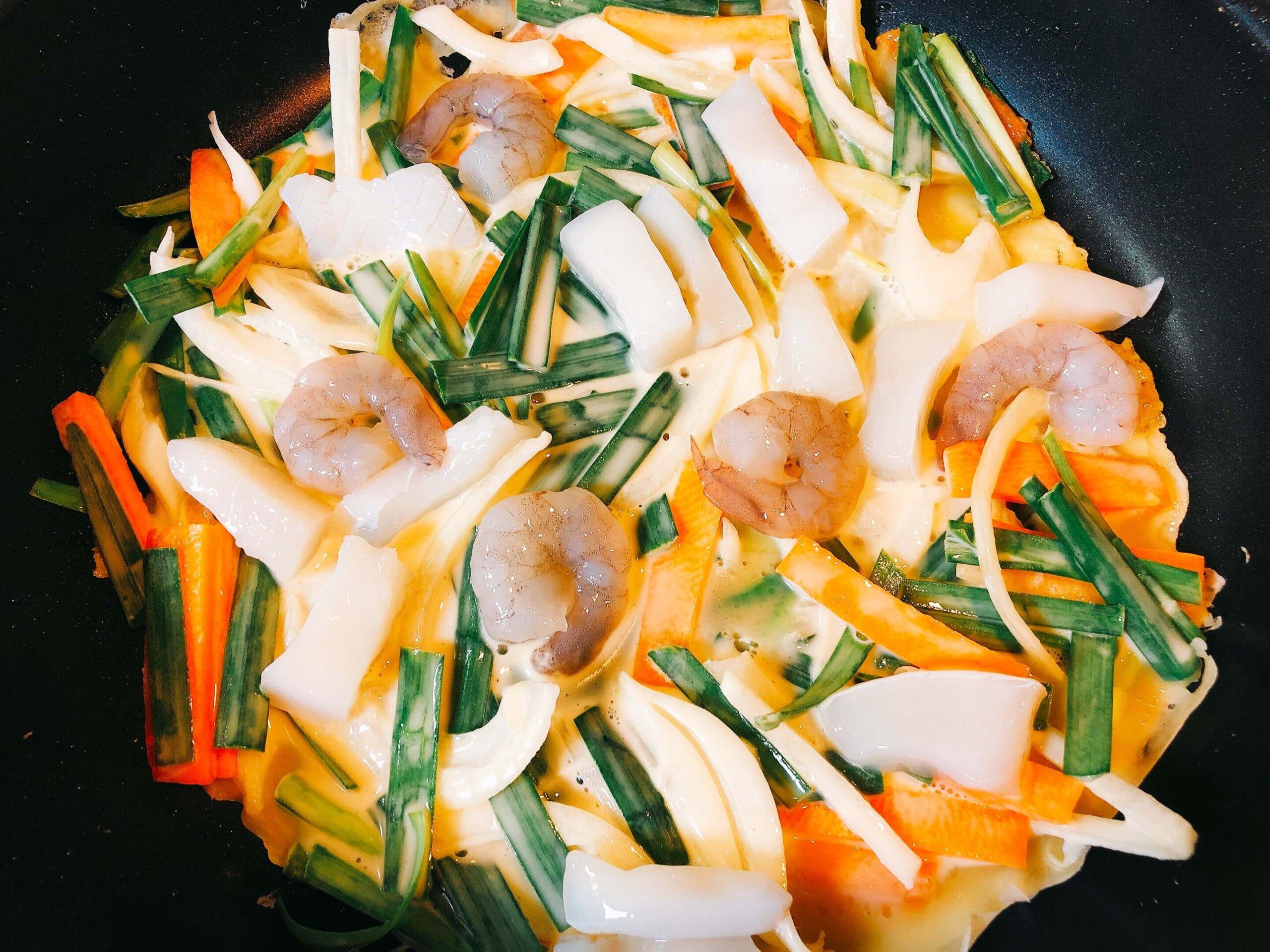 海鮮チヂミ調理中