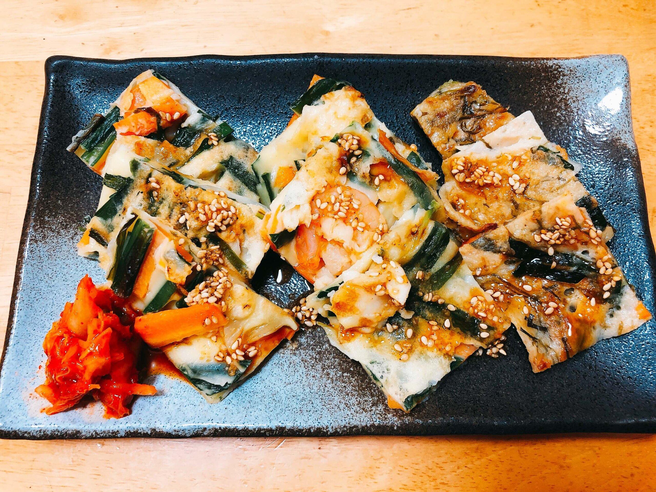 野菜・海鮮・ツナめかぶチヂミの3種盛り
