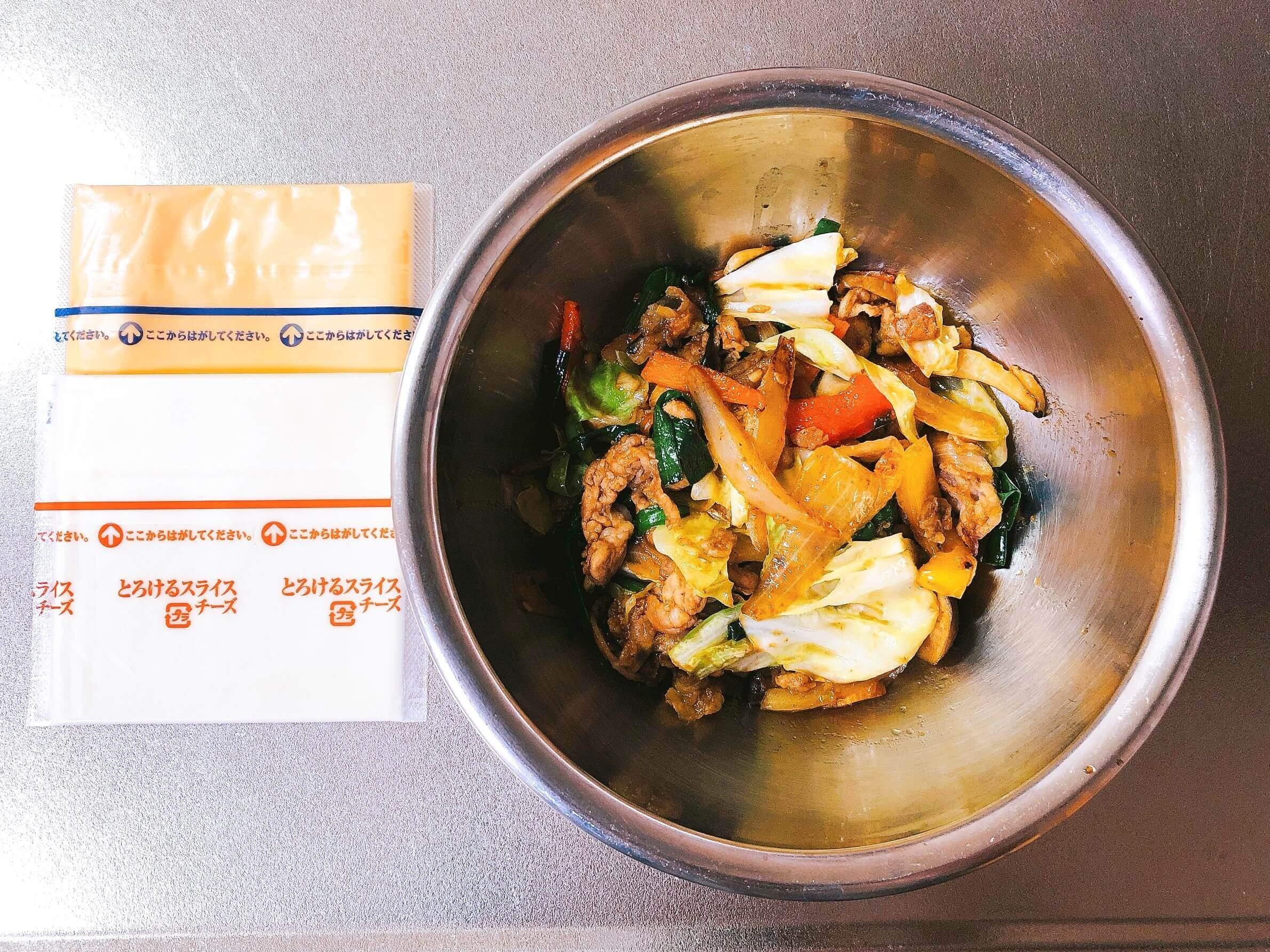 焼肉風野菜炒めのチーズホットサンド具材
